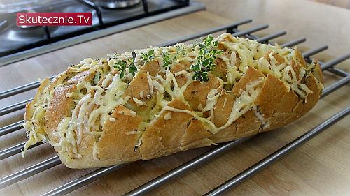 Zapiekany chleb z nadzieniem