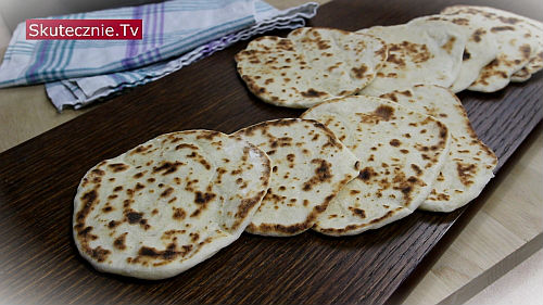 Domowe chlebki naan (z patelni)