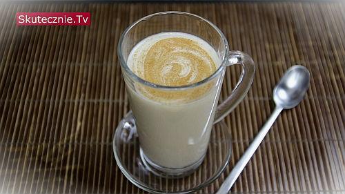 Mleko owsiane kokosowo-orzechowe z zieloną herbatą