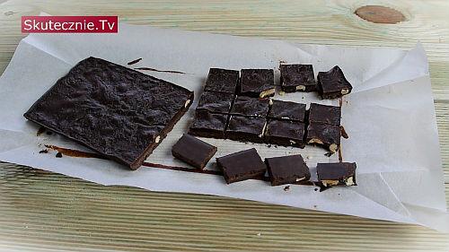 Domowa czekolada z solonymi orzechami. I czekoladki