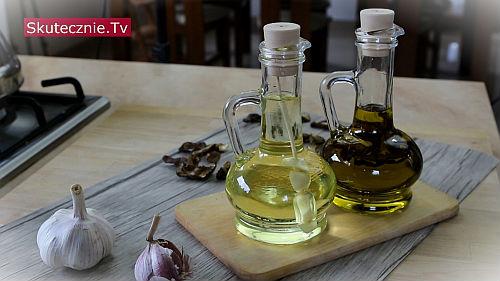 Oliwa grzybowa i czosnkowa