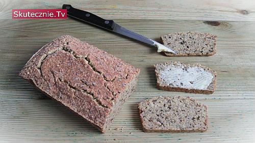 Chleb z kaszy gryczanej i jaglanej