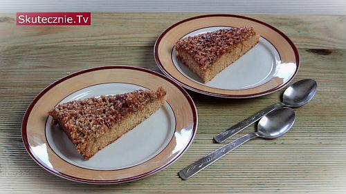 Szybkie ciasto z orzechami i miodem