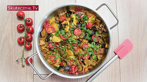Prosta paella (z ryżem i warzywami)