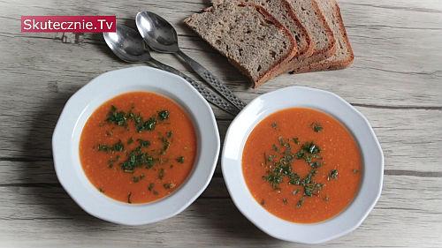 Zupa pomidorowo-dyniowa z soczewicą