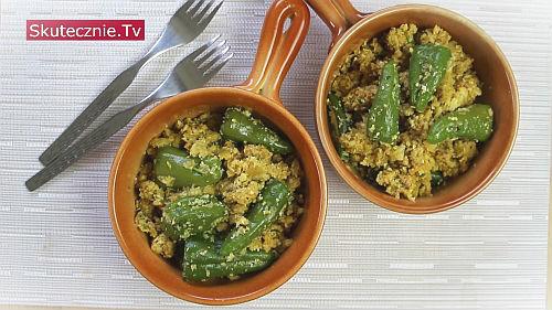 Ryż z kalafiora z mięsem i papryczkami
