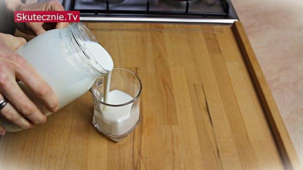 Domowy jogurt naturalny, czyli jak zrobić jogurt w domu