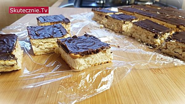 Ciasto batonikowe | Batoniki | Ciasto bez pieczenia