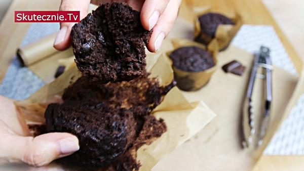 Najlepsze muffiny czekoladowe z czekoladą (king size)