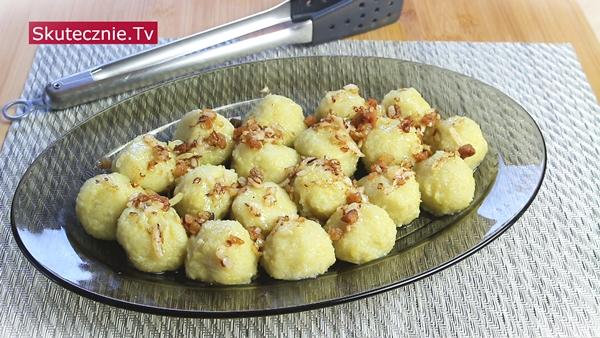 Pyzy ziemniaczane z cebulką lub z masłem i koperkiem