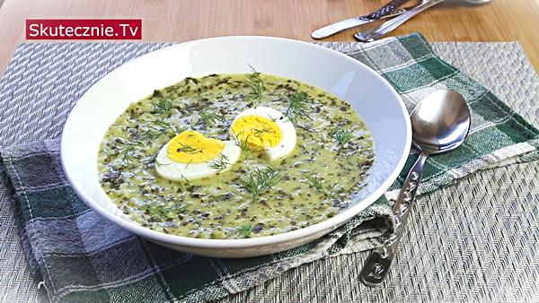 Zaskakująco pyszna zupa jarmużowa (jak szczawiowa)