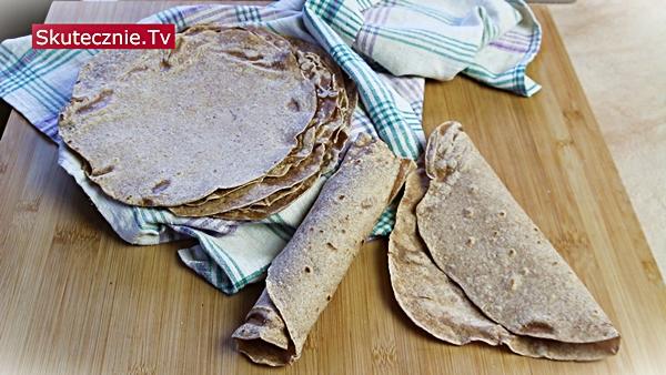 Jak zrobić tortille pełnoziarniste (cienkie, miękkie, domowe)