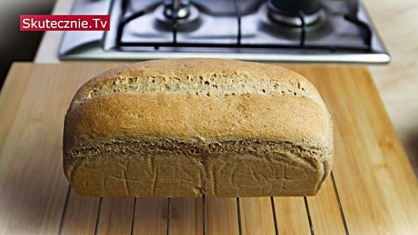 Pełnoziarnisty chleb tostowy