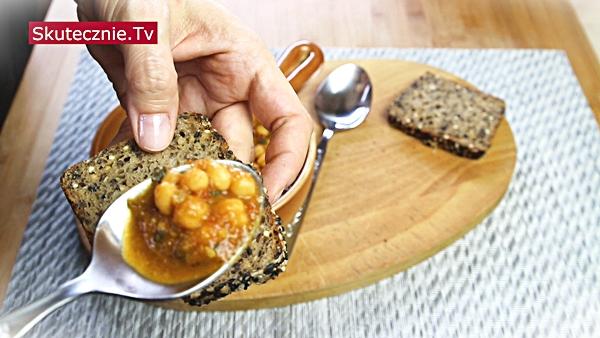 Kremowe curry z ciecierzycy i pomidorów (wege)