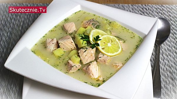 Fińska zupa rybna. Szybka zupa z łososiem i ziemniakami