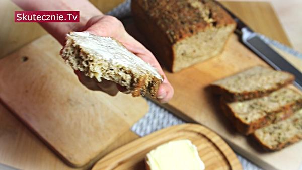 Chlebek ziołowo-serowy (bez drożdży i wyrabiania, super na tosty)