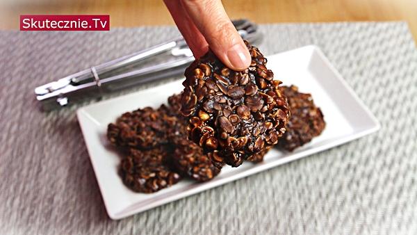 Ciastka owsiane bez pieczenia -czekoladowe z masłem orzechowym
