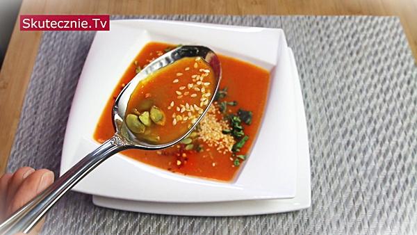 Zupa krem z pomidorów, marchwi, papryki i ziemniaków (pyszna!)