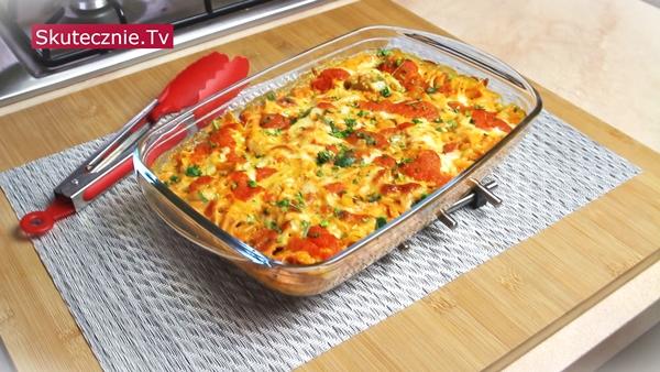 Zapiekany makaron z pomidorami i ricottą. Plus prosty sos. I danie do mrożenia