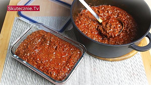 Czekoladowe chili z wołowiną i pomidorami (pyszne)