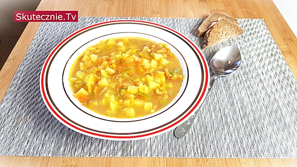 Zupa ziemniaczano-porowa (resztkowa) | BEZ STATYWU