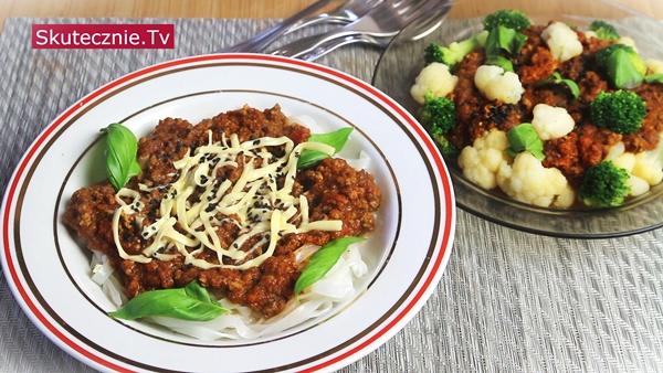 Proste i smaczne ragout –mięso, pieczarki, papryka