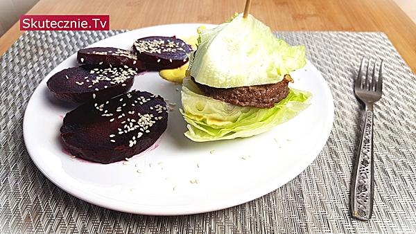 Szybkie domowe burgery –w bułce, z batatem i w sałacie
