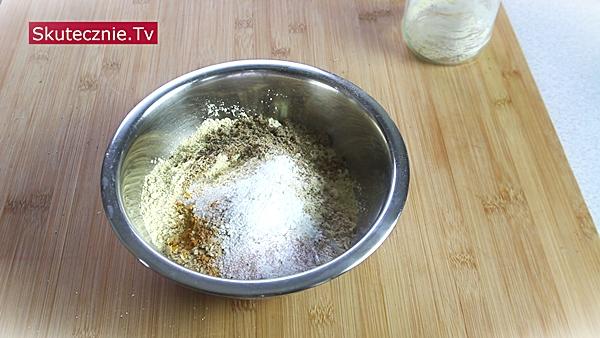 Omlet z ciecierzycy (bez jajek) • mieszanka