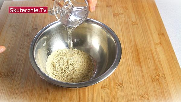 Omlet z ciecierzycy (bez jajek) • 3 warianty